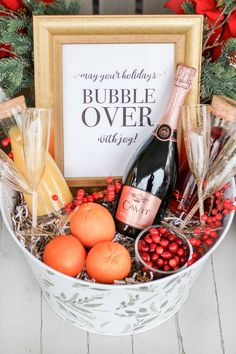 Alcohol Gift Baskets, Champagne Gift Baskets, Wine Gift Baskets, Basket Gift, Fruit Gift Baskets, Wine Gift Boxes, Christmas Gift Baskets, Diy Christmas Gifts, Christmas Ideas