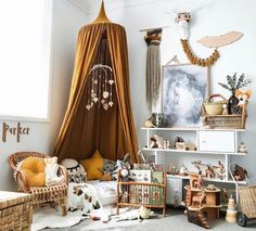 How to Layer with Mustard Tones for Autumn We're big fans of changing things up for the different seasons and this doesn't have to be complicated or expensive. It's easy to layer on mustard touches to a kids room and we're sharing some ideas on how you can do this. http://petitandsmall.com/layer-mustard-tones-autumn/