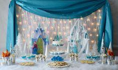 Mesa de doces da Festa Frozen