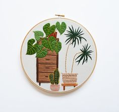 9 inch Modern Hand Stitched Plant Embroidery Hoop door SarahKBenning