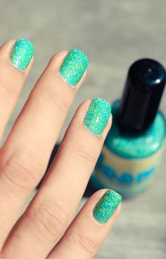 FLOAM nail polish