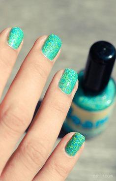 FLOAM nail polish