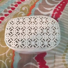 """Tory Burch small makeup bag White Tory Burch small makeup bag! Never used! No makeup stains! Gold zipper accents. About 7.5"""" by 5"""" at widest points. It was a bag that came with the perfume! Authentic. Price firm. Tory Burch Bags Cosmetic Bags & Cases"""