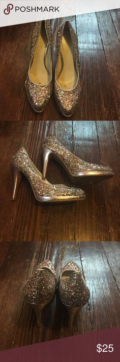 Nine West glitter heels. Size 8. Nine West glitter heels. Size 8. Man made materials. Slight platform. Perfect for nye! Nine West Shoes Heels