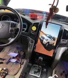Best Car Interior, Car Interior Design, Kenwood Car, Toyota Lc, Camper Boat, Car Videos, Gps Navigation, Car Audio, Toyota Land Cruiser