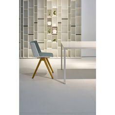 MDF Italia Aïku Wood Stuhl Mit Natürlichem Eichen Untergestell