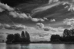 Black & white lake in Holland de Kaag cloudy skies