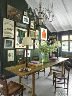 Skandinavisch oder amerikanisch? Holzhaus in Kalifornien im Vintage Design eingerichtet: Esszimmer