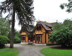 Breidablikk mansion built in the 19th century, has the best preserved interiours in all Norway. Photo: Museum Stavanger.