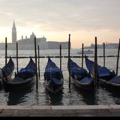 Venice -this reminds me of one of my favorite Monets