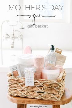 DIY Mother's Day gift basket – SPA day at home! See how easy it is to put togeth… DIY Mother's Day gift basket – SPA day at home! See how easy it is to put together this treat for mom for pampering. Mother's day gift idea from Modern-Glam. Spa Day Gifts, Diy Gifts For Mom, Diy Mothers Day Gifts, Grandma Gifts, Mother Day Gifts, Mothersday Gift Ideas, Nana Grandma, Home Gifts, Gift For Mother