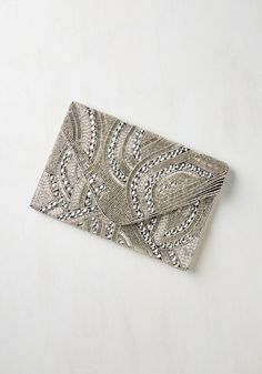 ANDM (NILA ANTHONY) Let it Bead Clutch