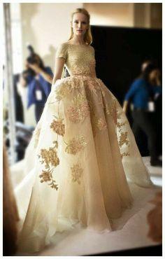 Haute Couture Wedding Dresses: Gold Wedding Dresses