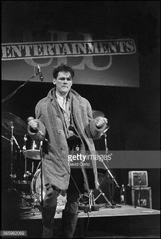 Billy MacKenzie of The Associates performing at University of London Union London United Kingdom on 30 January 1981 Dream Pop, London United Kingdom, London Pictures, Gothic Rock, 80s Music, Post Punk, Electronic Music, Indie, University