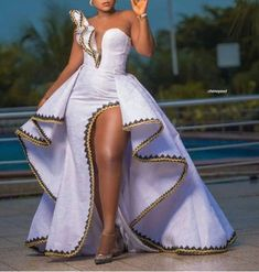 African dress with detachable cape / African clothing / African prom dress / African wedding dress / African print dress / African occasion African Party Dresses, African Wedding Attire, Latest African Fashion Dresses, African Print Dresses, African Print Fashion, African Attire, African Wear, African Print Wedding Dress, African Dress Designs