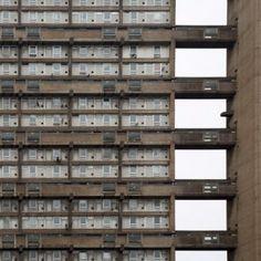 Brutalist buildings: Balfron Tower,  London by Ernö Goldfinger