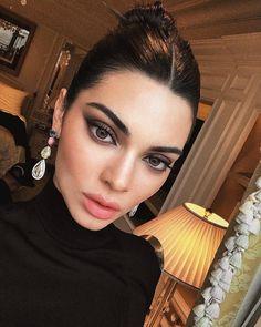 """Mi piace"": 4,228, commenti: 21 - Kendall Jenner (@kendallpicsnow) su Instagram: """""