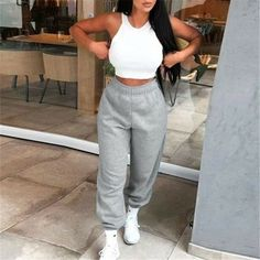 Cute Lazy Outfits, Swag Outfits For Girls, Chill Outfits, Mode Outfits, Trendy Outfits, Loose Pants Outfit, Cute Sweatpants Outfit, Streetwear Mode, Streetwear Fashion