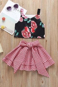 Fashion Toddler Little Girl Flower Crop Top Matching White and Red Plaid Big Bow Skirt Baby Outfits, Little Girl Outfits, Little Girl Fashion, Toddler Fashion, Kids Outfits, Kids Fashion, Fashion Top, Toddler Outfits, Fashion Styles