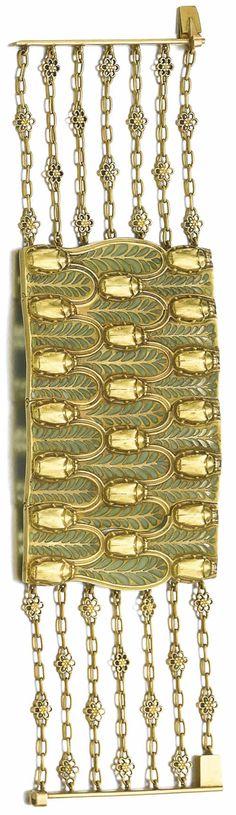 Lalique 1900 'Scarabees D'or' Bracelet: 19cm long collar-style; black & gold & plique-à-jour chains: 3 rows of repeating beetles against foliage on the plaque