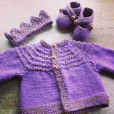 MadeWise hand knit lilac and gold sparkle cardigan, booties and crown set. Custom order. New baby gift set. www.etsy.com/au/shop/madewise