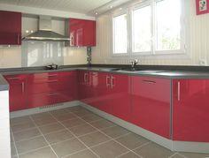 """Résultat de recherche d'images pour """"modele de cuisine rouge et blanc"""""""