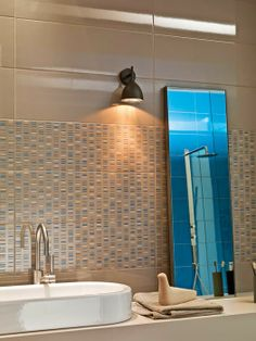 Colourline - glossy ceramic for wall tiling bathroom Cool Stuff, Wall, Ceramic Tiles, Modern Bathroom, Lighted Bathroom Mirror, House Design, Tile Bathroom, Home Decor, Bathroom