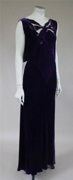 1930s bias cut beaded velvet evening dress(350)