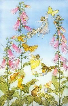 Molly Brett. Via Los Detalles de Bea. Sunny day in the garden...