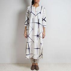 Clamp Tie & Dye White & Blue Organic Cotton Long Kurta