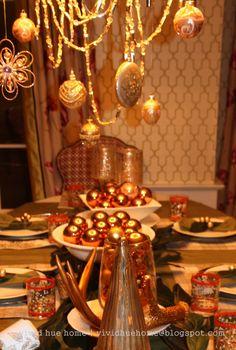 Vivid Hue Home: Holiday Table Decorations