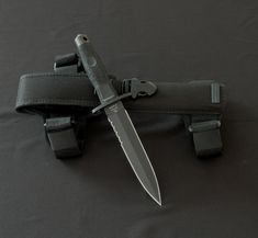 Extrema Ratio Dagger military aviation unit www.blinkknives.com