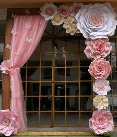 Discover thousands of images about Paper Flower Backdrop Paper Flower Wall Paper by MioGallery Shower Party, Bridal Shower, Baby Shower, Giant Paper Flowers, Diy Flowers, Hanging Paper Flowers, Balloon Flowers, White Flowers, Birthday Decorations