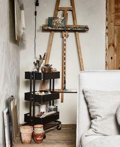 Home Art Studio Organization Small Spaces Ideas Art Studio Room, Art Studio Design, Art Studio At Home, Art Studio Decor, Design Design, Loft Design, Studio Ideas, Store Design, Rangement Art