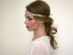 1920 Great Gatsby Beige Silver Headband