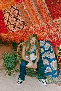 HYO. Single 'Second' Teaser - Official PHOTO | GGPM Kim Hyoyeon, Seohyun, Snsd, 1 Girl, Kpop Aesthetic, Girls Generation, Girl Group, Kimono Top, Photoshoot
