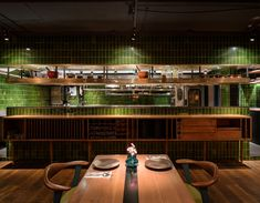 Mi Thai on Anfu Road in Shanghai, designed by Peter Eland of Eland Architects, photographed by Seth Powers. Copper House, Thai Restaurant, Restaurant Ideas, Restaurant Interior Design, Open Kitchen, Architect Design, Fine Dining, Shanghai, Interior Architecture
