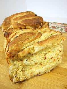 Cheesy Garlic Pull Apart Bread - Rhodes Guest Post | Plain Chicken
