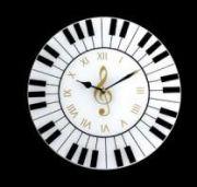 Reloj de pared piano