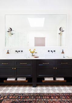love this bathroom. love the tiles.