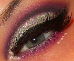 Wearable Glitter Crease