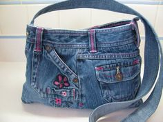 Sold-Hey, I found this really awesome Etsy listing at https://www.etsy.com/listing/179968126/feminine-recycled-jeans-purse-pennys