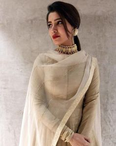 Sophisticated ✨ cuts a pretty look. Love the beige nude suit and the most elegant choker and earrings ❤❤ Indian Fashion Trends, Indian Designer Outfits, Asian Fashion, Women's Fashion, Fasion, Indian Suits, Indian Attire, Indian Wear, Punjabi Suits