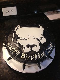 Pitbull cake made by me for my husband birthday