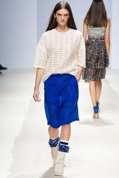 Christian Wijnants Spring 2014 Ready-to-Wear Collection Photos - Vogue