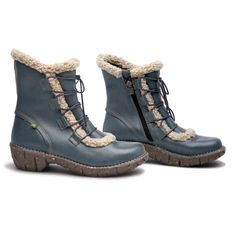 With this El Naturalista ankle boot your feet keep warm!  http://shop.elnaturalista.com/index.php