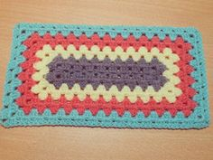 Free Rectangle Granny crochet tutorial at Buttonnose Designs.