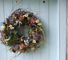 Wild, natural and colourful Highland flowers Autumn Wreaths For Front Door, Diy Fall Wreath, Xmas Wreaths, Wreath Crafts, Easter Wreaths, Handmade Wreaths Christmas, Fresh Christmas Wreaths, Rustic Wreaths, Country Wreaths