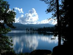 Shaver Lake, CA : Calm waters of late September - There are many great campgrounds in this area. Great Places, Places To See, Beautiful Places, Go Camping, Outdoor Camping, Camping Hacks, Camping Spots, Family Camping, Outdoor Fun