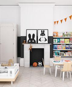 Nuestra inspiración esta semana es una habitación infantil ecléctica con un encanto singular.